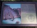 Hauptattraktion ist die Maya Stadt.