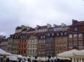 Mit vielen bunten Häuserfassaden
